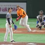 阪神・矢野監督が青柳をねぎらう 巨人・岡本和に2被弾も「この球場やから」