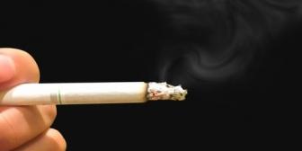 娘の授業参観日にチンピラ崩れの父親が廊下で煙草ふかしてた。→注意した教頭先生に逆ギレで怒鳴る。→子供が見てる手前、俺が「お、落ち着いて下さい」と声をかけた結果…