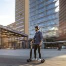 電動のキックボードやバイクを公道で、3社が規制緩和目指し実証実験