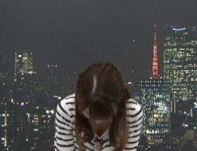 【画像】気象予報士・岡村真美子さん(30)の膨らみかけのおっぱいが見えて実況民絶叫