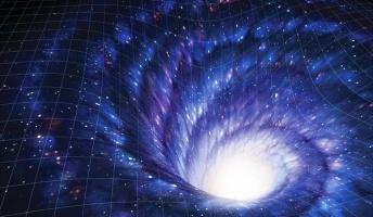 【宇宙】天の川銀河の中心部に、宇宙船が通行可能な巨大ワームホールが存在する可能性