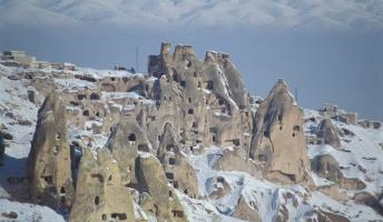 トルコの世界遺産カッパドキアで過去最大と推定される地下都市発見