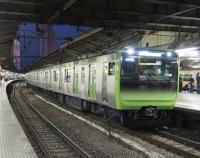 『JR東日本 E235系量産車 続々落成中』の画像