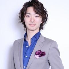 【山内ヨシヒロ】 スタイリストデビューのお知らせ!