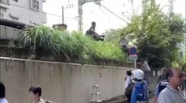 京急線脱線事故、マスコミが無断で線路敷地に侵入して怒鳴られる…動画あり