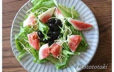 『無花果サラダ&デザート』の画像