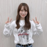 『【乃木坂46】掛橋沙耶香さん、なんかよく見たらセクシーなTシャツ着てるんだがwwwwww【らじらー!】』の画像