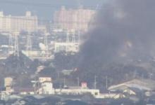 【速報】自衛隊のヘリコプターが小学校付近で墜落、黒煙が上がり住宅も燃える 佐賀・神崎市(画像あり)