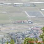 『大寺駅 停車中の一畑電車(ばたでん) 旅伏山より』の画像