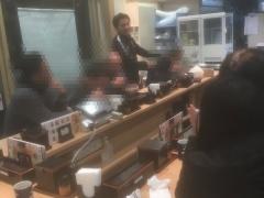 【 画像 】浦和がACL優勝を決めた後、興梠慎三が吉野家で発見される!さらに来ていた客の牛丼全て奢った模様w