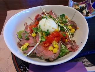 【茨城県】【牛久市】「カフェ浪漫」大正ロマンなカフェでハイカラなローストビーフ丼