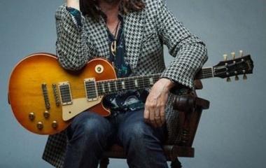『マイク・キャンベルは、トムペティの相棒ギタリストでプロデューサー』の画像