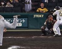 巨人・田中豊に虎党の怒号「何しとるんじゃ!」元同僚の阪神・山本への死球で