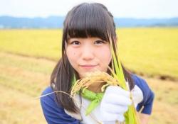 【ええ子やな】NGT48小熊倫実、メンバーの中で最初に山口真帆に触れる!!!