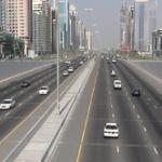 高速道路100km/hで走る奴バカだろ、140km/hで走れよ。