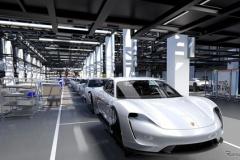 ポルシェ初の市販EV「タイカン」 600ps超、航続距離500km以上!