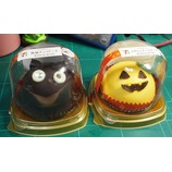 『セブンイレブン ハロウイン かぼちゃとチョコのケーキと黒猫チョコケーキ』の画像