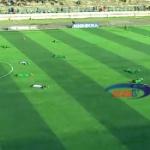 【動画】タンザニア、サッカーの試合中、選手全員が突然うつ伏せ!何が起こった…!? [海外]