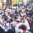 【GoTo】4連休…信州の観光地に人波 軽井沢は県外ナンバーで渋滞「やっと外に出られたという感じ」