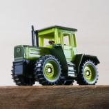 『ジク (SIKU) MBトラック1800インタークーラー』の画像