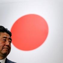 【毎日新聞世論調査】安倍内閣支持率27%(-13) 不支持率64%(+19)