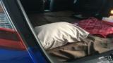 【朗報】ワイ、マイカーの中に寝室を作成www(※画像あり)