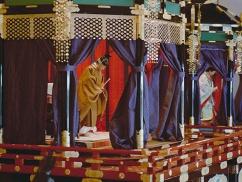ムン大統領「日本の皆さん、心配しないで!即位礼正殿の儀で関係改善するよ!」⇒ 日本「外交上仕方なく送っただけ。欠席でいいよね?」