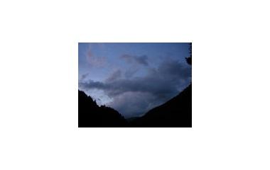 『人工洞から夜空へ』の画像