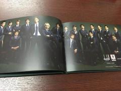【画像】日本代表スーツのカタログでの本田さんの存在感が半端ないwww