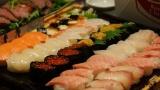 【朗報】ワイスーパーバイト、ワイが適当に作った寿司が698円で売れまくって爆笑