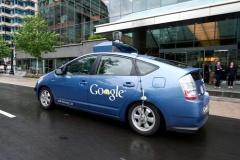 グーグルvs日本車各社、自動運転めぐり火花 日本車メーカーがグーグルに支配される恐怖