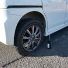 『スペーシアカスタム パンク応急修理する | Emergency Tire Repair for Spacia Custom』の画像