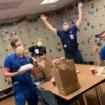VOA 20210220 コロナ禍でのレストランと病院の助け合い(time4:56)