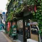「こういう小さい日本の喫茶店が恋しいよ…」親日外国人が風景を愛でるスレ