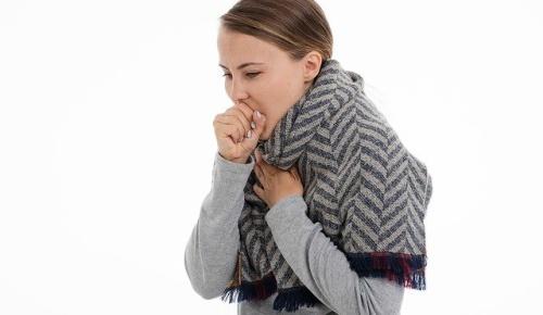 胸の大きな女性は小さな女性より風邪の治りが2倍以上も遅い ポーランドの最新研究(海外の反応)