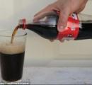 【動画】コーラに漂白剤を入れるだけの動画が数日で500万回以上再生される