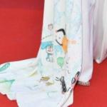 【中国】カンヌ映画祭、今度は「ドラえもんドレス」で紛れ込んだ中国人女性が話題に [海外]