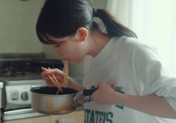【神GIF】個人PVの久保史緒里ちゃんの演技力wwwwwwwww