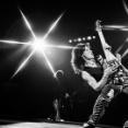 【訃報】ギタリストのヴァン・ヘイレン、がん闘病の末死去