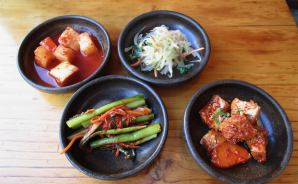 新大久保の韓国料理店でランチ
