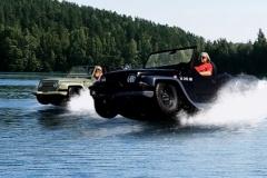 ジープそっくり!? ホンダのエンジンを載せた水陸両用車「パンサー」!