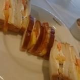 『【神戸】フルーツショップ&パーラーベニマン 秋のフルーツサンドを味わう』の画像