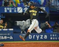 阪神 代走・植田の走力でファーストS突破 二盗、暴投で三塁、犠飛で生還「絶対やり返したる!って
