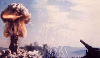 世界中の核爆弾が一斉に爆発すると何が起こるのか