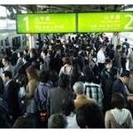 【画像】ドイツ人写真家「日本の通勤は地獄そのもの…」