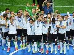 最強メンバーではなく、Bチームでコンフェデ優勝したドイツ・・・