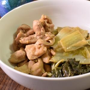 水分は入れずに♪鶏肉と白菜の柔らか蒸し煮