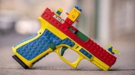 【米国】「レゴ」そっくりの本物の銃、反発受けて製造中止へ