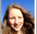 「これ以上Wi-Fiの電波に耐えられない」15歳少女が自殺  英