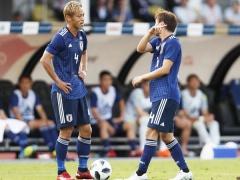 日本代表の本田と長友・・・2人の認識にズレ